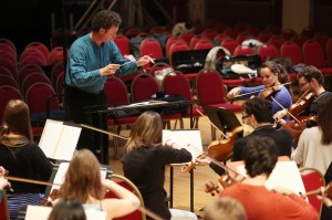 Jonathan in action with the Trinity Laban Symphony Orchestra